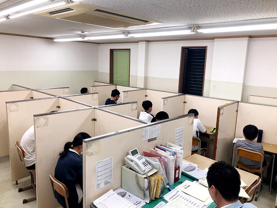 金生教場フリー授業風景 (1)